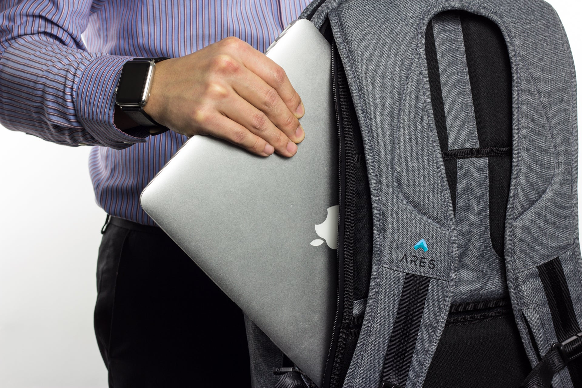 ARES Backpack - Apple Watch Monowear