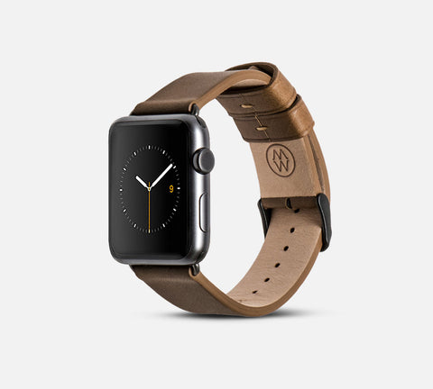 Classic Leather Band - Apple Watch Monowear Brown
