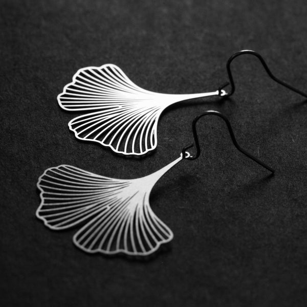 Ginkgo Earrings 銀杏耳環 (E02)