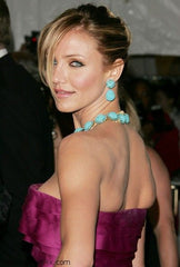 Cameron Diaz wears turquoise necklace