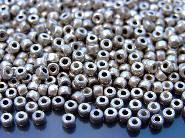 10g Silver Luster Jet MATUBO Seed Beads 6/0 4mm-Matubo Glass Beads-Michael's UK Jewellery