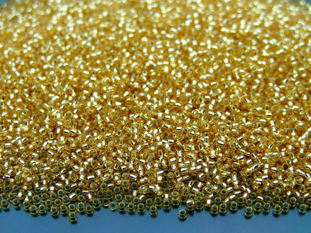 100g 22 Silver Lined Light Topaz Toho Seed Beads 15/0 1.5mm WHOLESALE-Michael's UK Jewellery