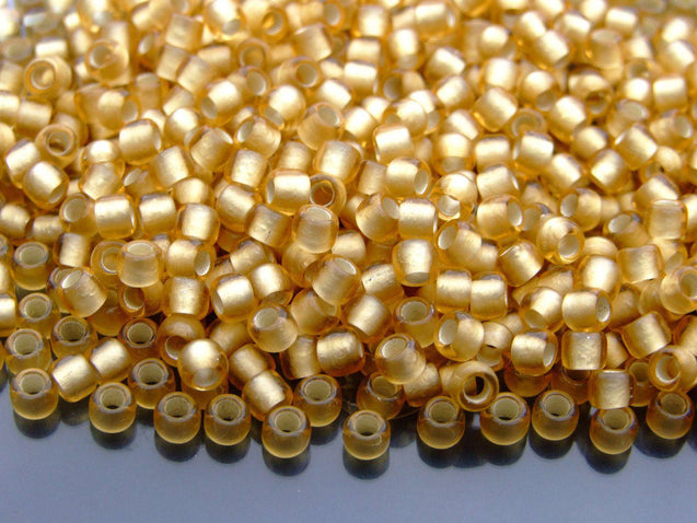 250g 22F Silver Lined Frosted Light Topaz Toho Seed Beads 6/0 4mm WHOLESALE-Michael's UK Jewellery