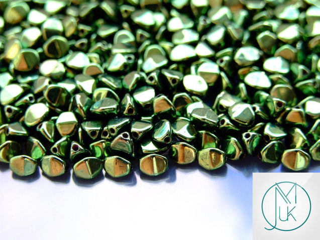 10g Pinch Kumihimo Beads Jet Green Luster-Matubo Glass Beads-Michael's UK Jewellery