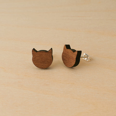 Walnut cats studs
