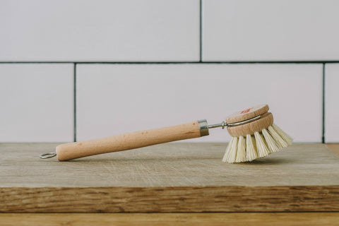 collectie.co.uk Natural wooden dish brush