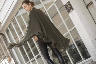 Choice by Réjane Rosenberger Cashmere Poncho army
