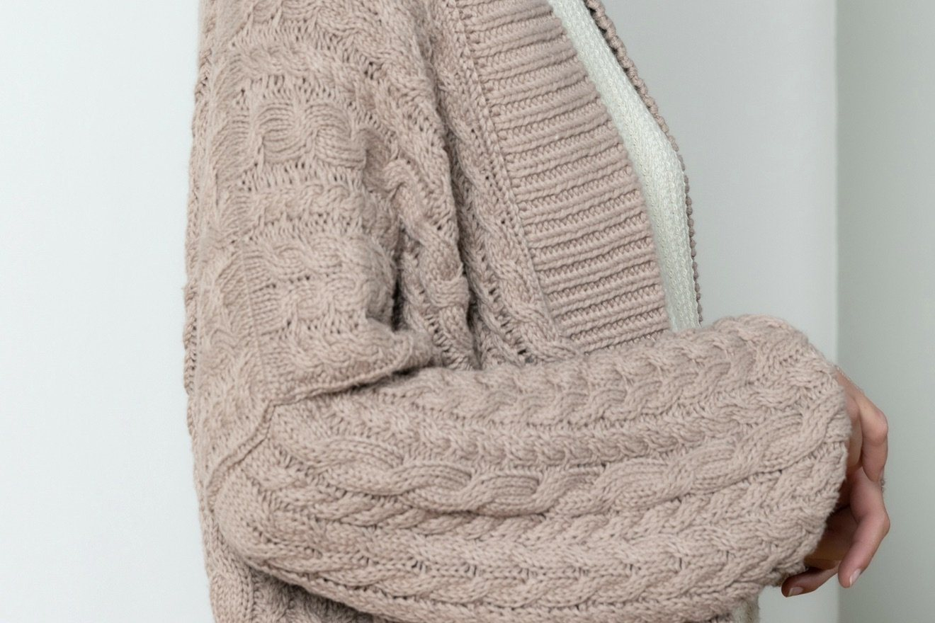 "I LOVE MR MITTENS Chunky Cable Cardigan ""COTTON"" almond"