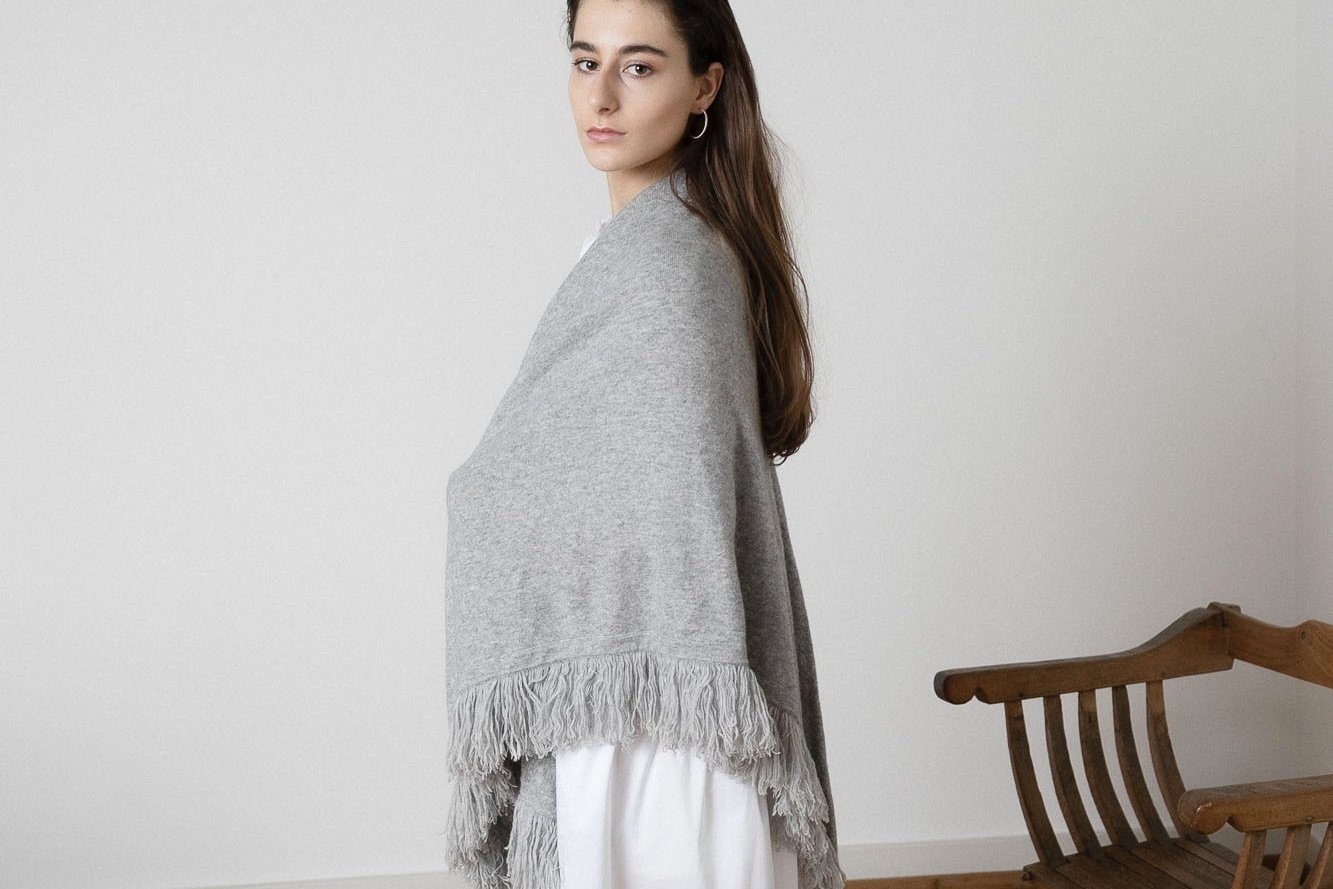 Choice by Réjane Rosenberger Cashmere Poncho grey
