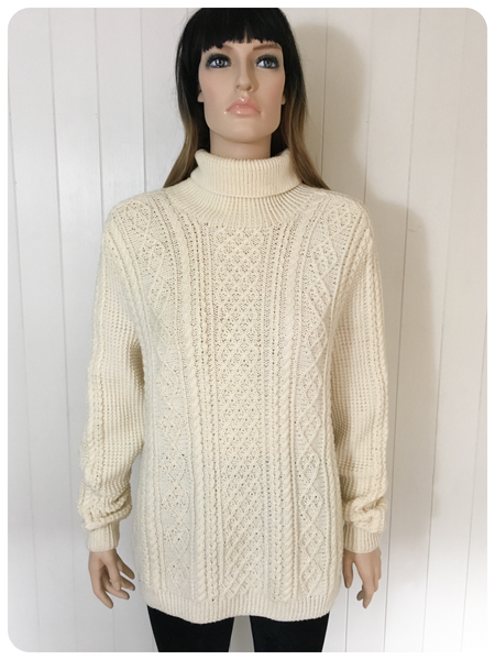 ORIGINAL VINTAGE 1980'S CHUNKY SOFT HAND KNIT ARAN CABLE JUMPER