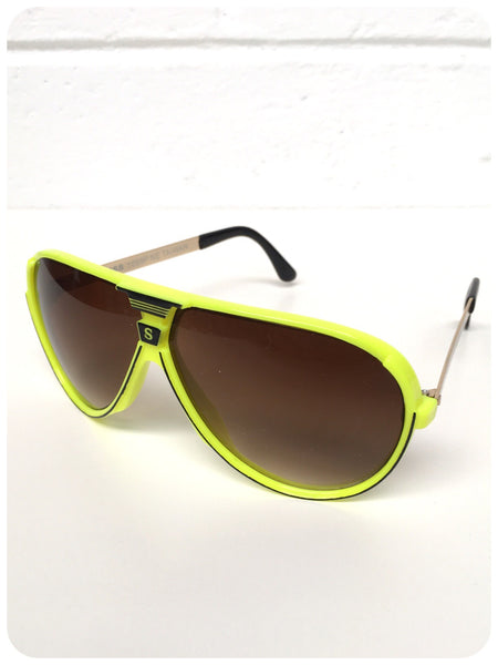 Classic Vintage 80s/90s Brand New Deadstock Big Neon Yellow Sport Aviator Sunglasses