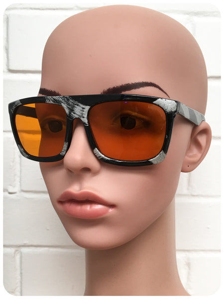 Vintage 1990s Brand New Deadstock Black Splash Graphic Amber Lens Aviator Sunglasses
