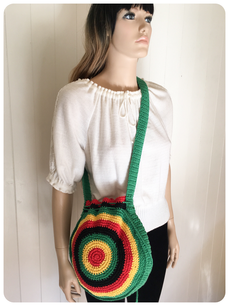 VINTAGE HAND CROCHET RASTA SADDLE MESSENGER BAG BOHO FESTIVAL