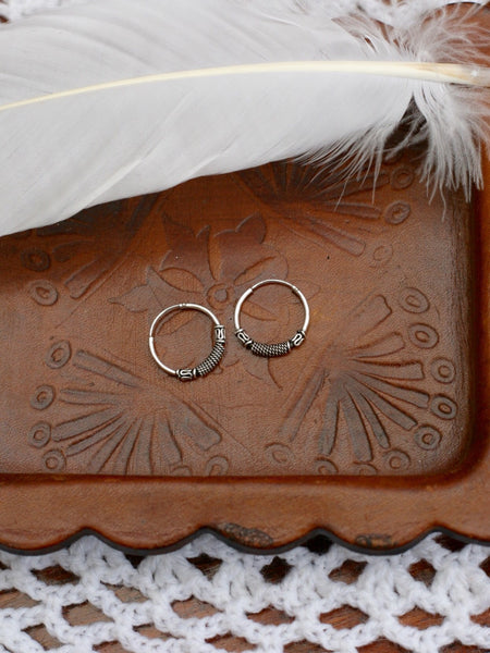 Hand Crafted 925 Sterling Silver Balinese Hoop Earrings 14mm - Penny Bizarre - 1