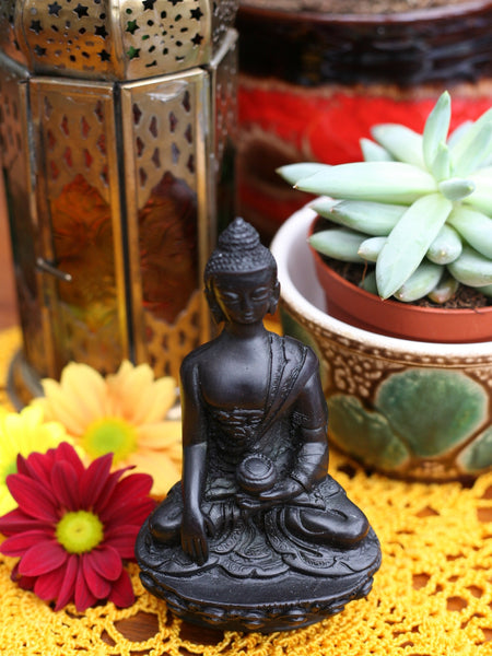 Indian Resin Buddha Figure - Penny Bizarre - 1