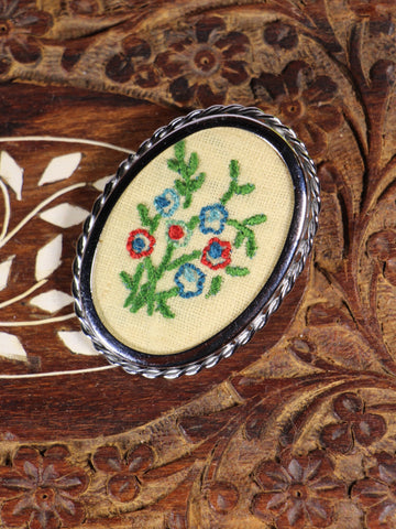 Vintage 70s Hand Embroidered Brooch - Penny Bizarre - 1