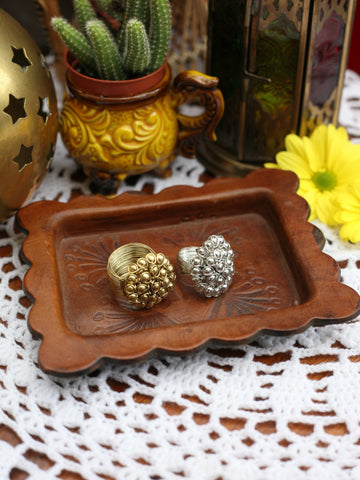 Hand Crafted Vintage Indian Wirework Flower Ring (Gold) - Penny Bizarre - 1