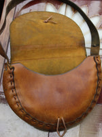 Vintage 70s Tooled Tan Leather Saddle Bag - Penny Bizarre - 4