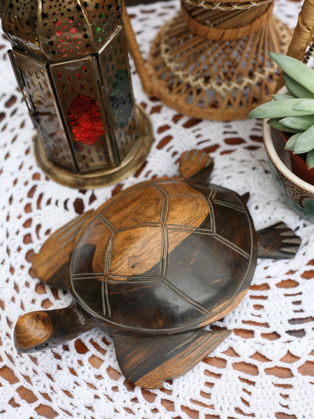 Vintage Wooden Indian Carved Turtle - Penny Bizarre - 1