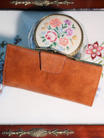 Vintage Large Tan Leather Purse - Penny Bizarre - 1