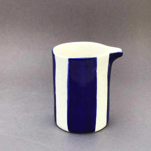 Alberta pitcher, dark blue stripes