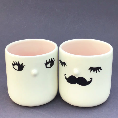Nosy couple mugs, pink inside