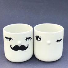 Load image into Gallery viewer, Nosy couple mugs