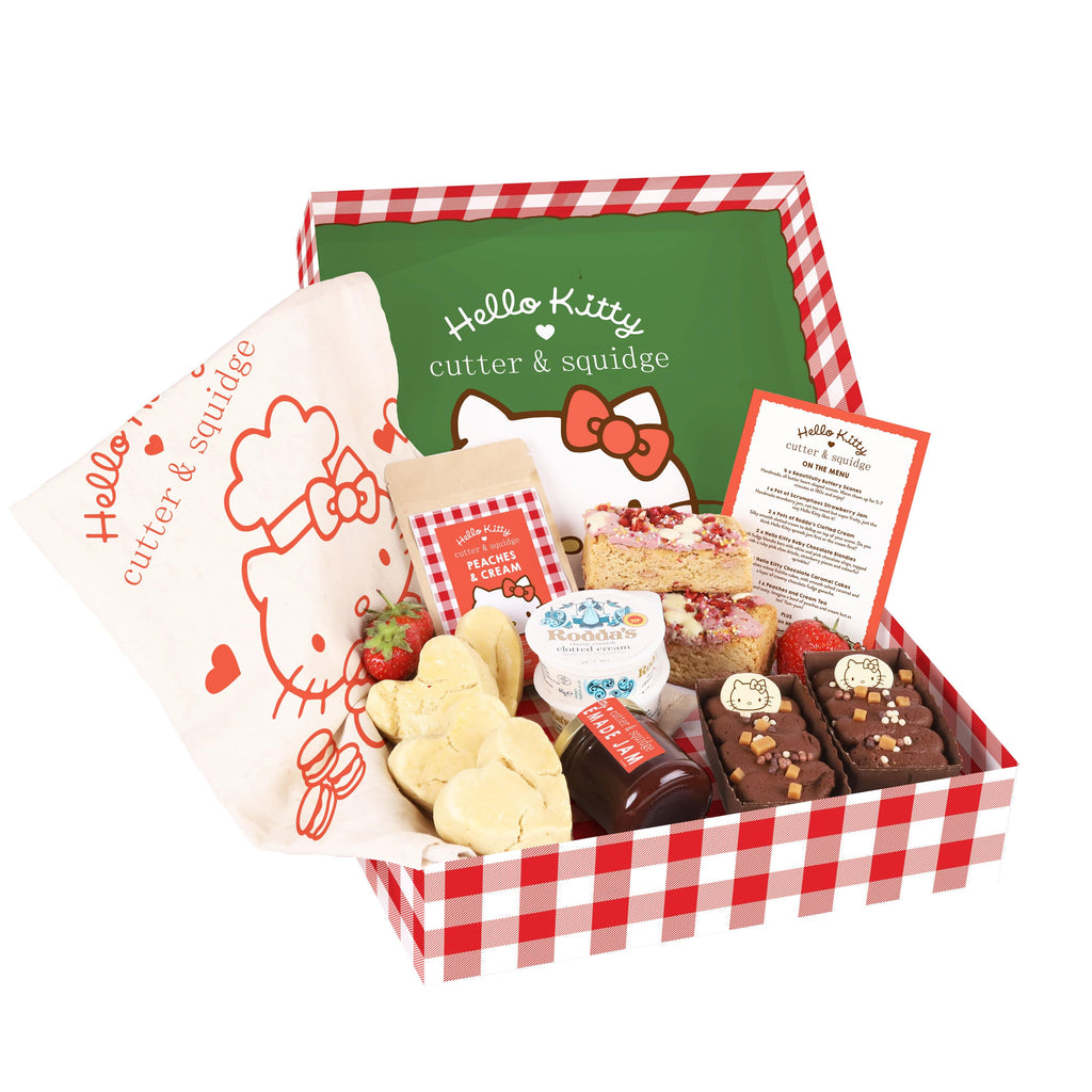Cutter & Squidge Tea for Two HELLO KITTY AFTERNOON TEA