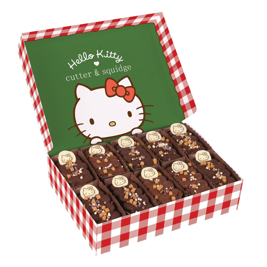 Cutter & Squidge Tray of 10 HELLO KITTY CHOCOLATE CARAMEL CAKES