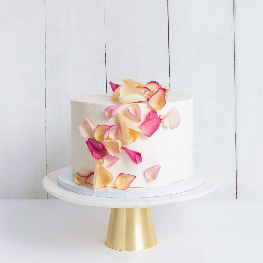 ONE TIER PETALS RAIN WEDDING CAKE