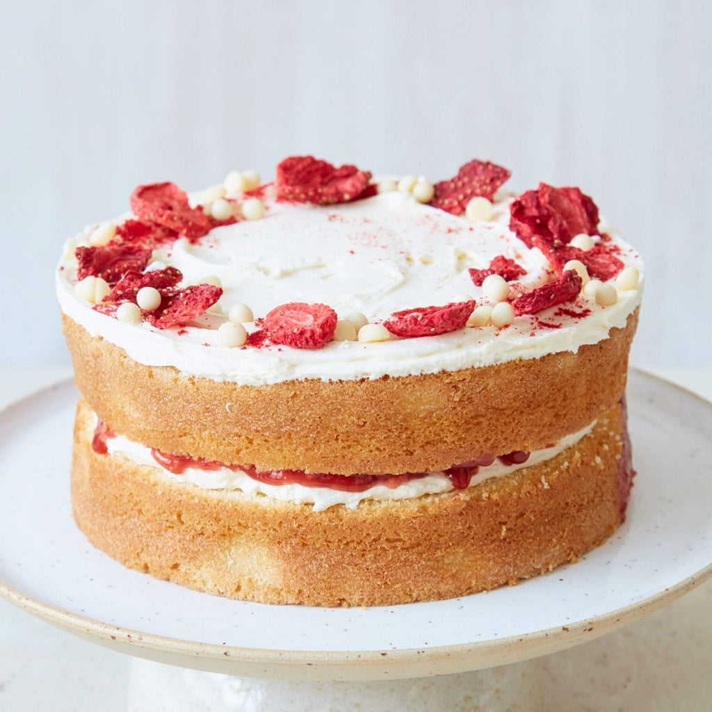 "Cutter & Squidge Small (6"") VICTORIA STRAWBERRY SPONGE CAKE"