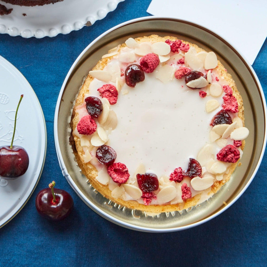 "Cutter & Squidge Small (6"") WHEAT-FREE BAKEWELL CAKE"