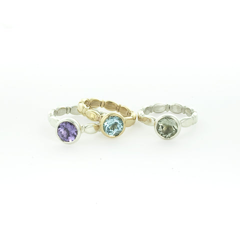 Stone set Scalloped 'Promise' Ring