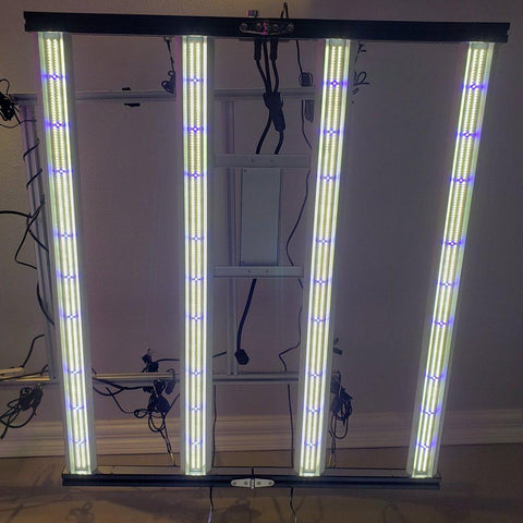 Image of Optic Slim 320H Veg Dimmable LED Grow Light