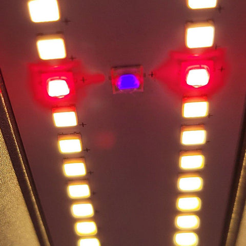 Image of Optic Slim 500S Dimmable LED Grow Light
