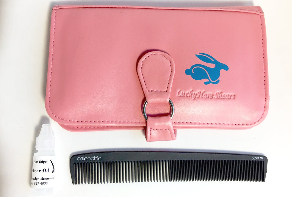 "Wallet Size 6-Shear Case & SalonChic 7 1/4"" High Heat Resistant Carbon Comb Special"