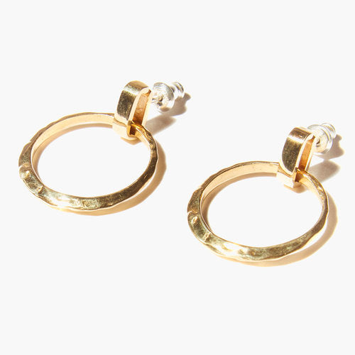 Odette / Ridge Post Earrings in Brass
