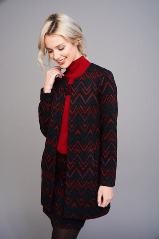 A 2509 Zig-Zag Print Collarless Coat