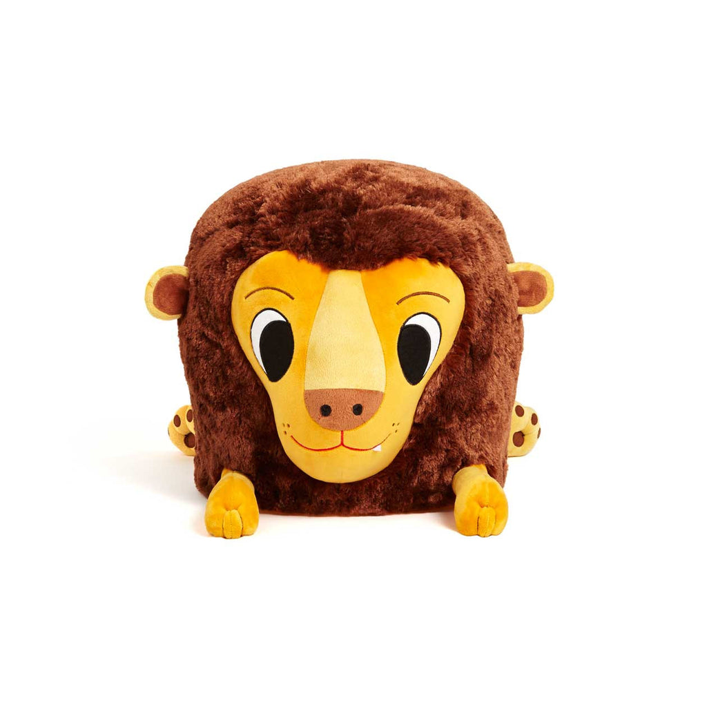 Plush lion chair from Zuzu