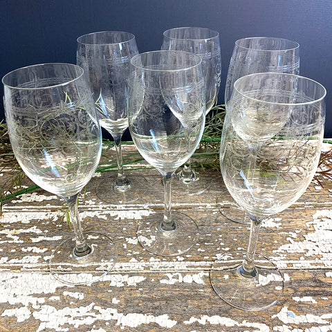 White Wine Glasses With Etched Pattern