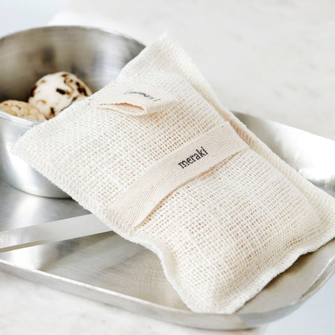 Meraki Exfoliating Soap Filled Bath Mitt. Herbs.