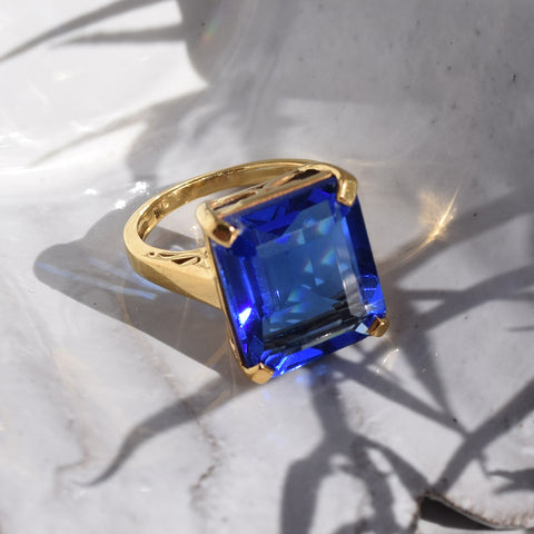 Blue Tanzanite Ring.