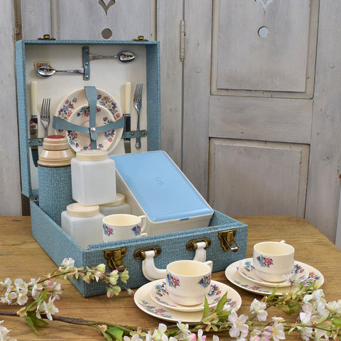 Vintage Picnic Set in Blue