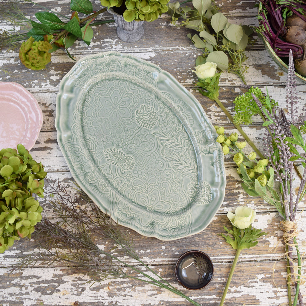 Large Oval Serving Dish. Antique Green.