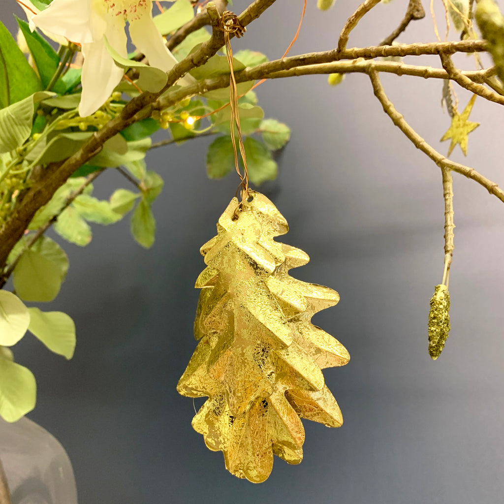 Golden Oak Leaves Hanging Decoration