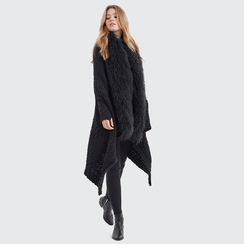 Hayley Menzies Alpaca Portobello Blanket Wrap. Black.