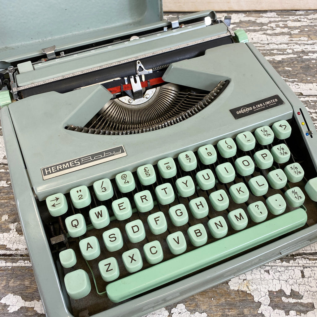 1960's Vintage Hermes Baby Typewriter in Case.