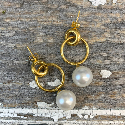 Gold Hooped Pearl Earrings.