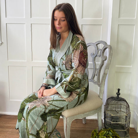 One Hundred Stars KEW Passion Flower Aqua Dressing Gown.