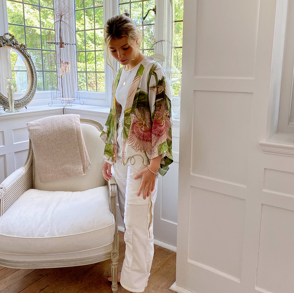 One Hundred Stars KEW Passion Flower Ivory Kimono